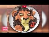 Творческая мама готовит мультфильмы на завтрак