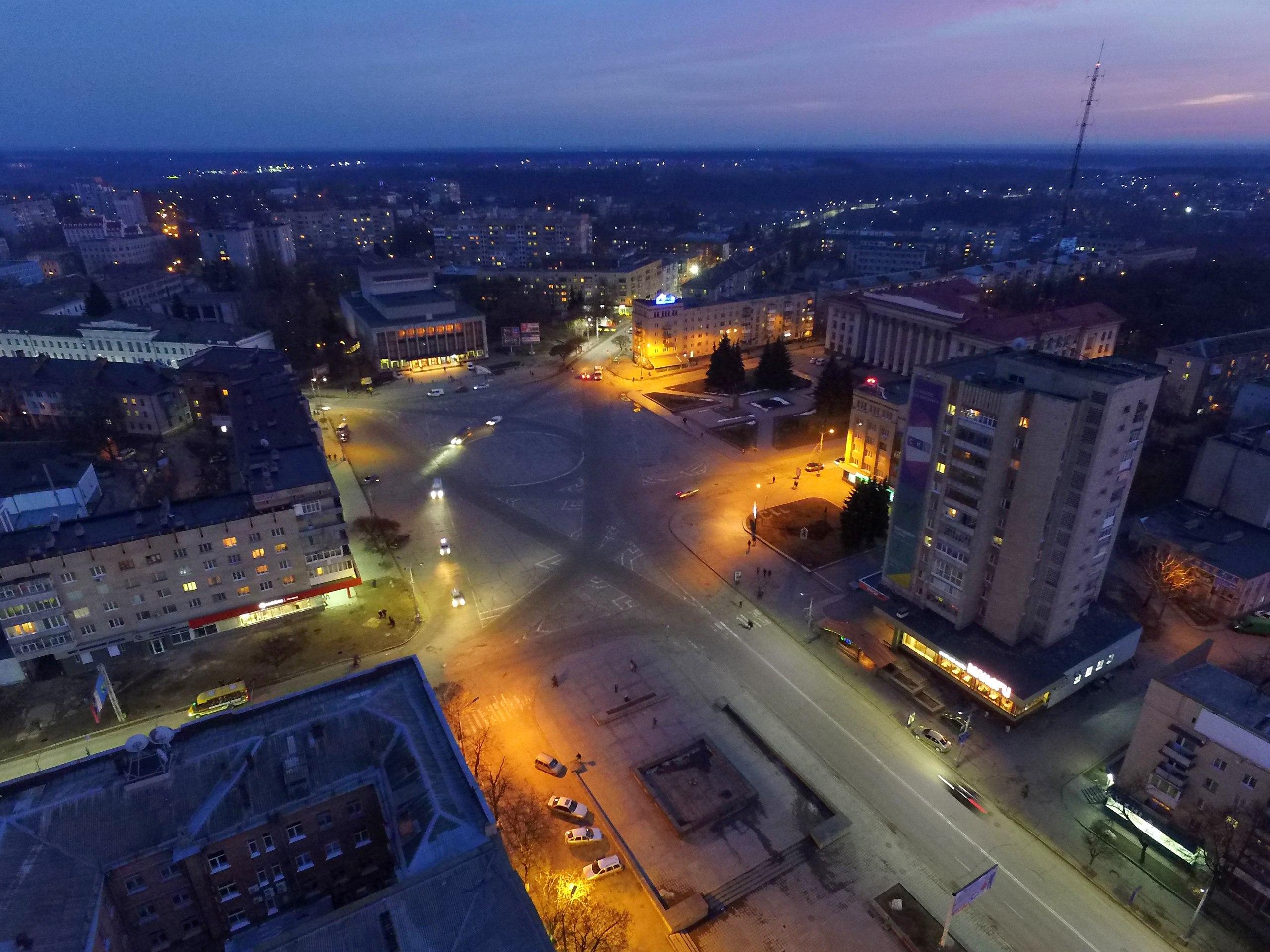 Ночной Житомир. Потрясающие фотографии с высоты