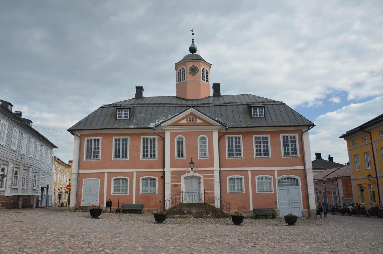 945iN7LvJ0w Порвоо - самый красивый средневековый город Финляндии.