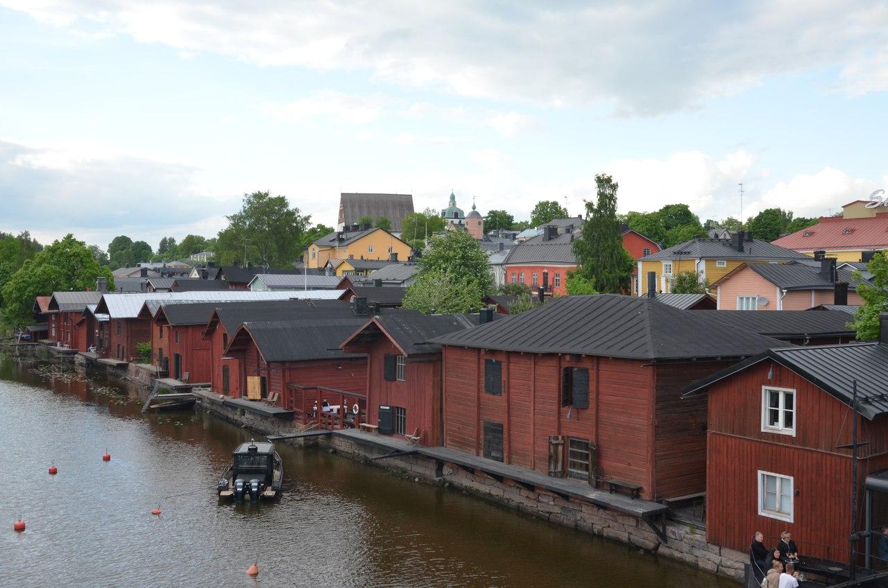 GFuhbBcevKc Порвоо - самый красивый средневековый город Финляндии.