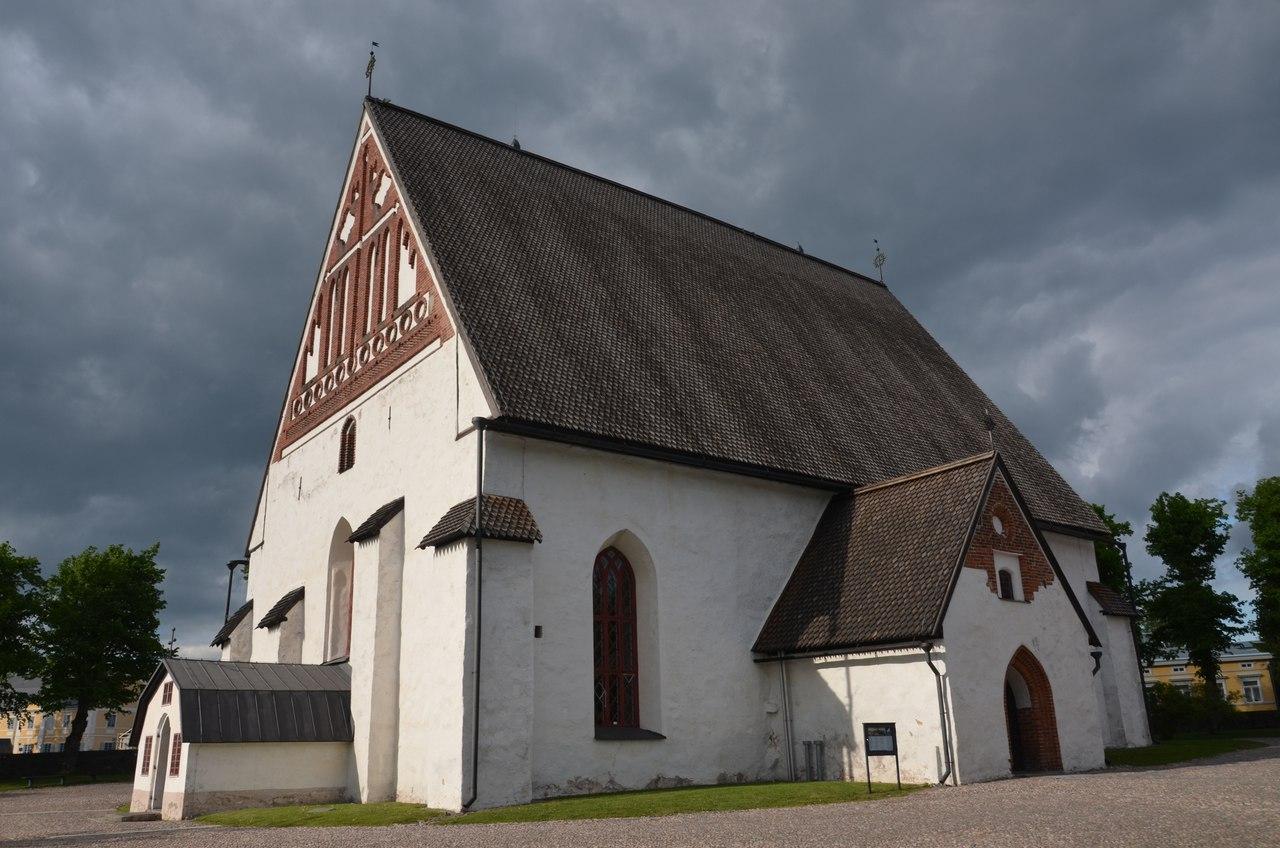 eL5P-SzquoM Порвоо - самый красивый средневековый город Финляндии.