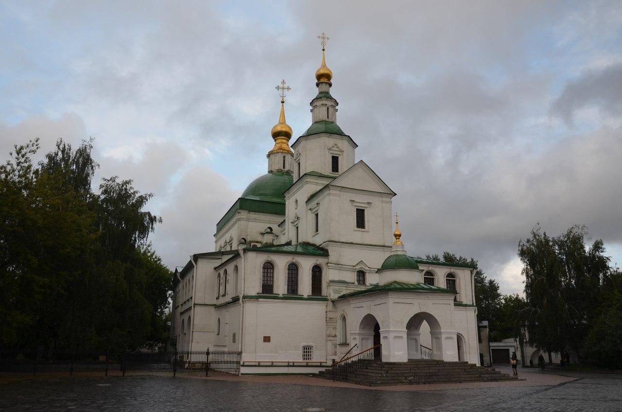 UbpTqOP7Sos Данилов монастырь первый монастырь Москвы.
