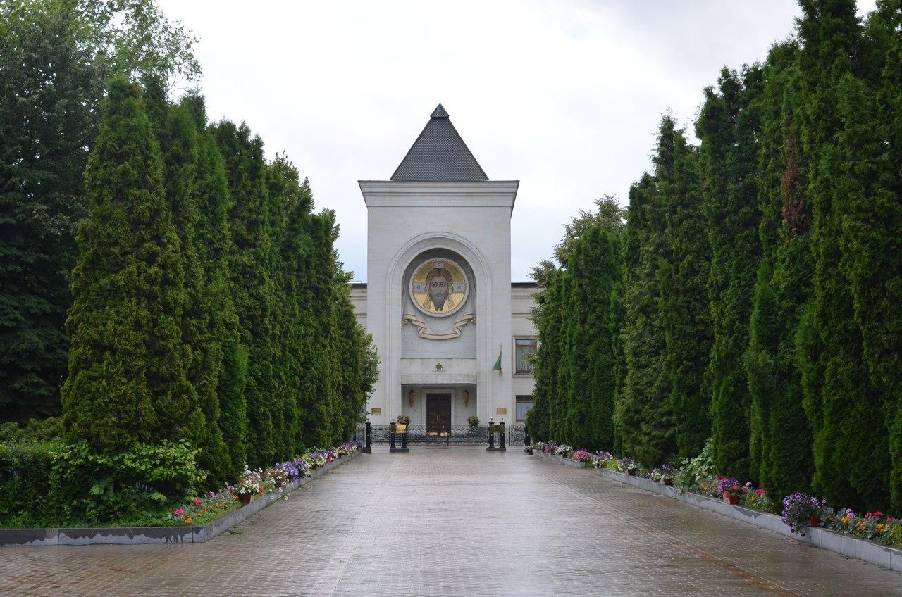 l1Gxd07kvbA Данилов монастырь первый монастырь Москвы.
