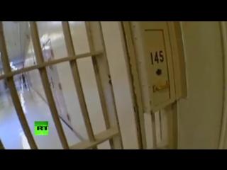 Надзиратели в тюрьмах США издеваются над душевнобольными заключенными (18) [Low, 480x360p]