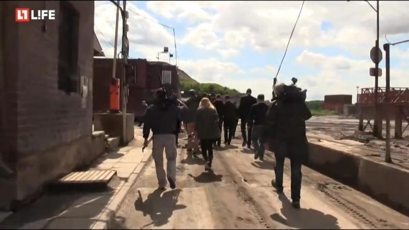 Экологи опечатывают свалку в Балашихе (L!FE)
