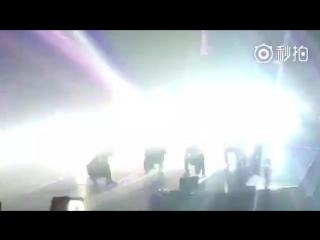 [LQ FANCAM] 170211The EXO'rDIUM in Hongkong: D-1 @ EXO's Baekhyun - Monster Dance Break