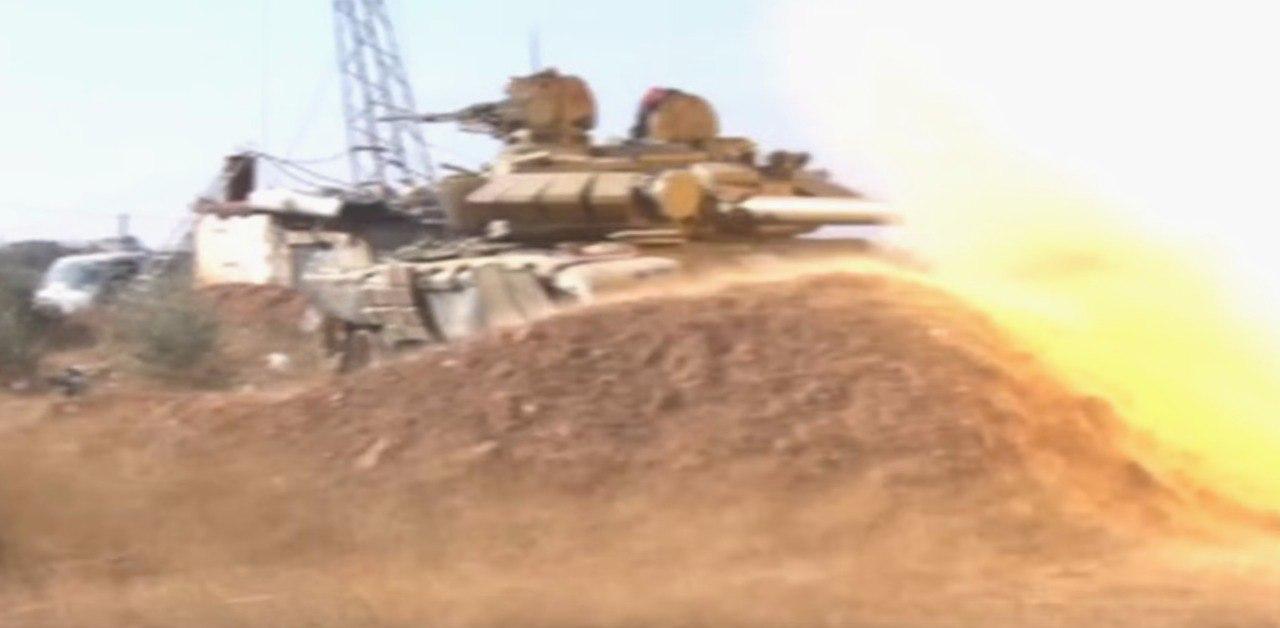 «Царь-танк» на страже Сирии: Т-72 «перемалывает» террористов в Алеппо