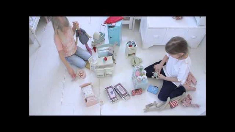Z potrzeby piękna... przedstawia zabawki Maileg