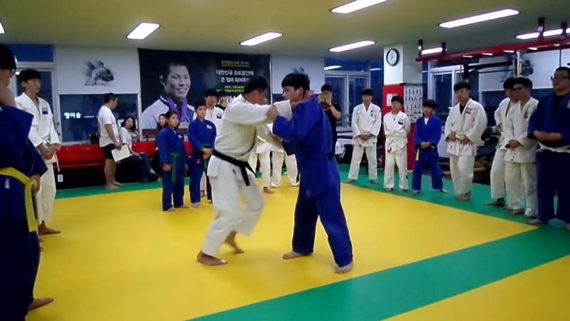 Kim Jae-Bum   O-Soto-Gari