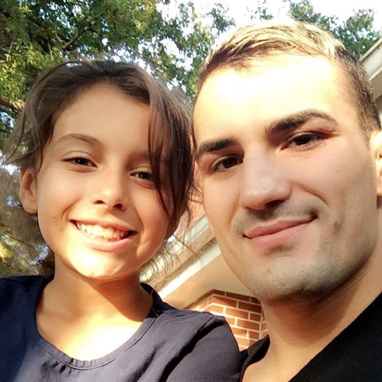 Мирсад Бектич со своей дочкой