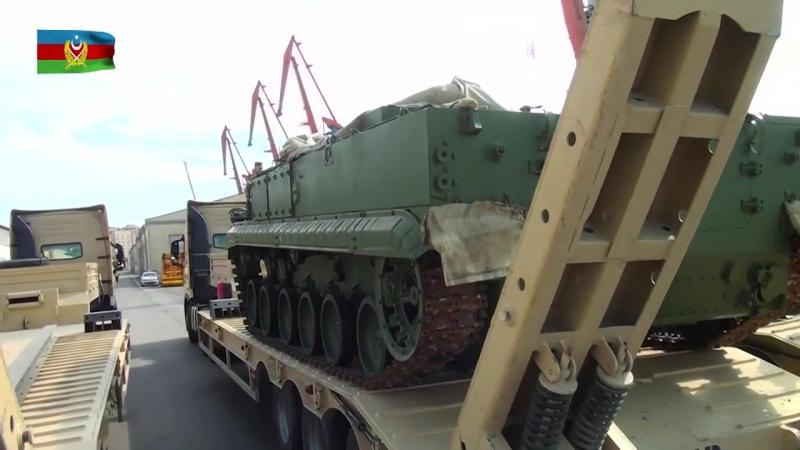 Rusiyadan alınan hərbi texnikanın ölkəmizə gətirilməsi davam edir - 24.06.2017