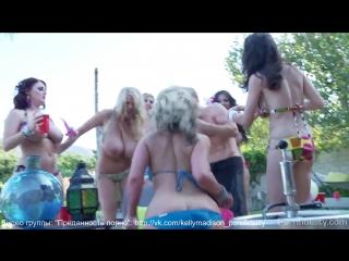 Phoenix Marie, McKenzie Lee, Sophie Dee, Yurizan Beltran, Samantha Saint & Kelly Madison (BTS)