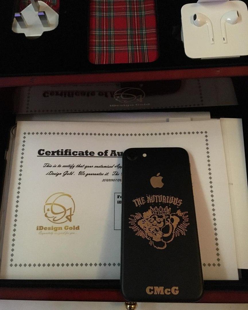 IPhone 7 Конора МакГрегора