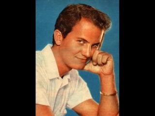 Pat Boone - Two Hearts,Two Kisses (1955)