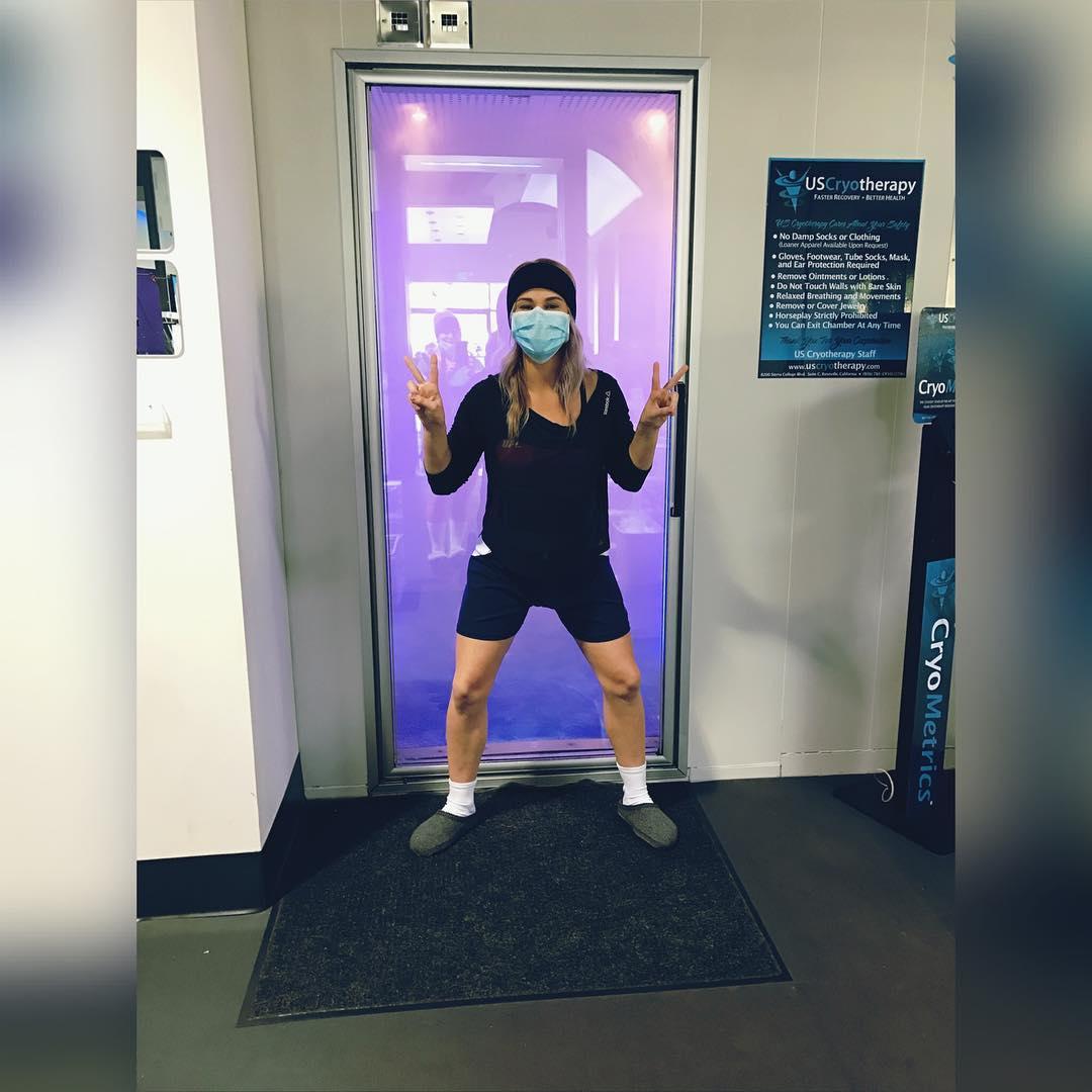 Пейдж ВанЗант: «Криотерапия в Роузвилле»