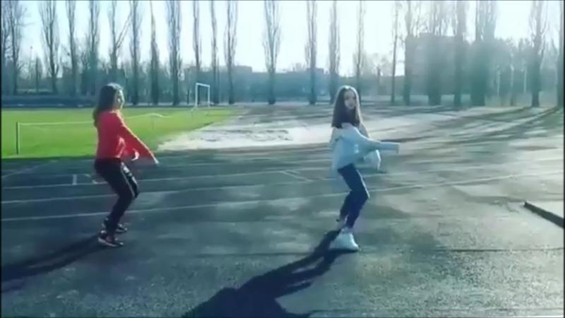 Настя и Женя танцуют под песню MiyaGi Эндшпиль, Рем Дигга - I Got Love