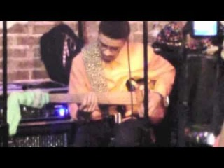 PolyNeon's Bass Solo (MonoNeon) [Live with The Barnes Family at Cafe Soul 2011]