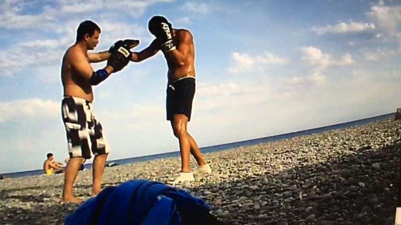 Cours individuel. La boxe en détails. Personalnie trenki, boks v detaliax)
