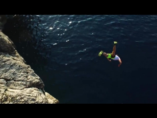 Cliff Jumping Italy  creating a Contiki Legend in 4K!
