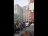 на Плеханова общежитие горит