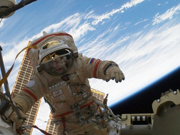 Российские космонавты установили рекорд пребывания в открытом
