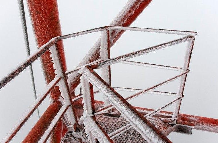 Самая высокая заброшенная вышка в России — Галичская телевышка «А330» — ее высота почти 350 метров. Еще в начал�...