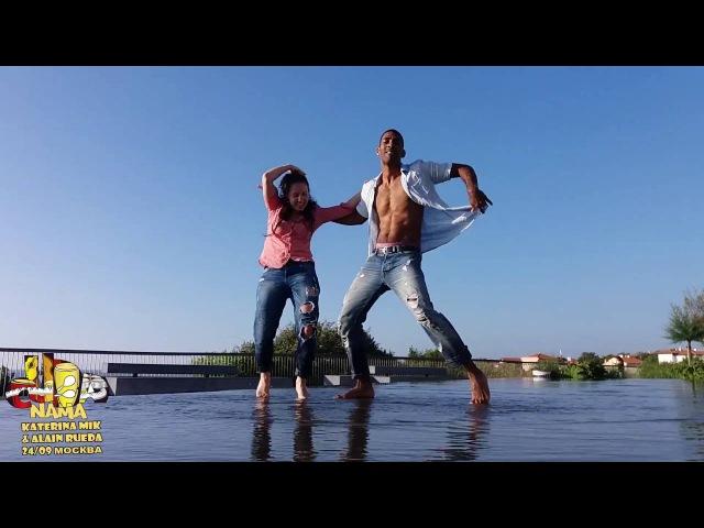 Katerina Mik Alain Rueda | Timba on the water