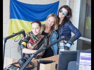 Прямой эфир: девушки из Real O ищут смысл в своих песнях