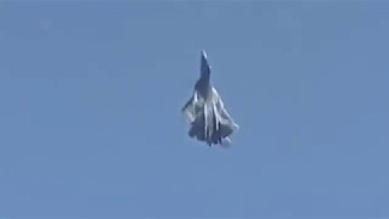 Так может только российский истребитель пятого поколения Т-50!