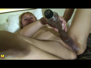 Old granny playing and getting wet, free porn 4d xhamster nl