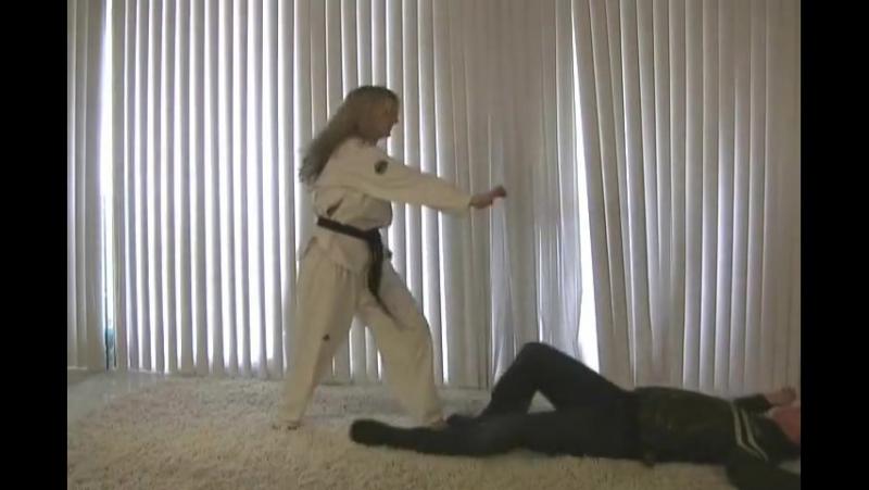 0000. Vídeo no identificado. Ningún dato. (Young Karate Goddess Selfdefense). 24 09 16