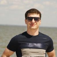 Максим Светлов