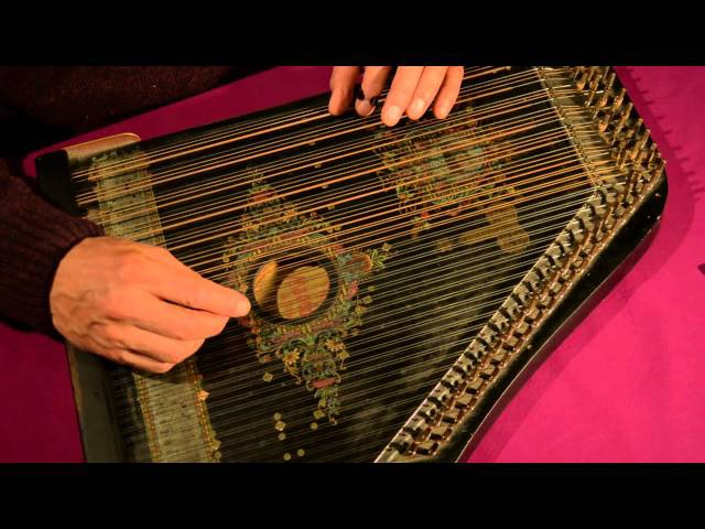 Vivaldi Largo played on a 6-chord zither by Etienne de Lavaulx