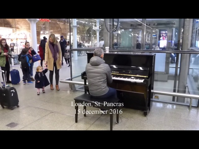 Public Piano St.Pancras Station CarolOfTheBells and ... (read info)