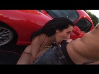 Порно филбм грудастые автомойщицы