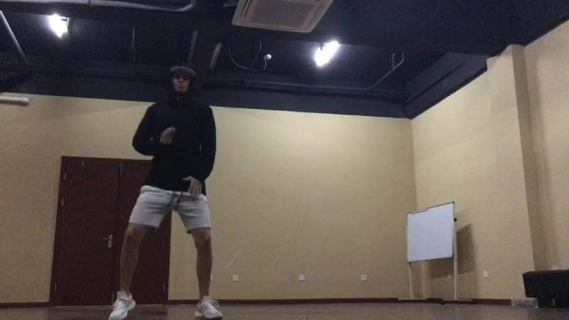 Jah Khalib - Подойди по ближе детка choreography by Roman Havrylov