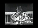 Lonesome Valley - Mississippi John Hurt on Pete Seeger's