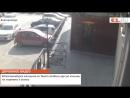 В Екатеринбурге женщина на Toyota разбила другую машину на парковке и уехала