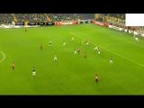 Wayne Rooneys amazing goal against Fenerbahce!