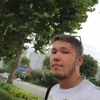 Андрей Резанов