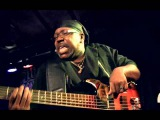 Mike Wheeler Band &amp Larry Williams Bass Solo, Dongen, 2015