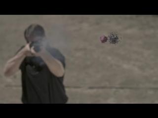 Слоу-мо клип с разными пушками (VHS Video)