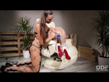 Mea Melone and Vinna Reed (DDFNetwork - HouseOfTaboo - Vinna in Chains- Czech Bondage Vixen Double Penetrated - 17.06.15)2017,