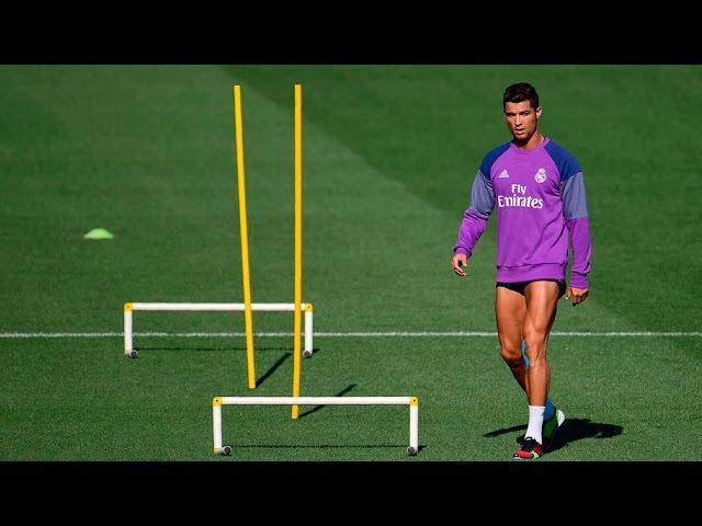 Cristiano Ronaldo ● HARD WORK ● TRAINING 2017