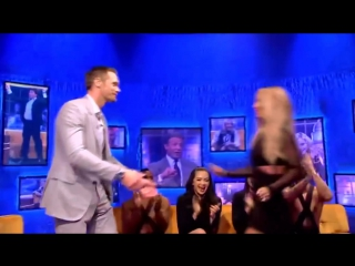 Britney Spears kiss Alexander Skarsgard on The Jonathan Ross Show (1 oct.2016)
