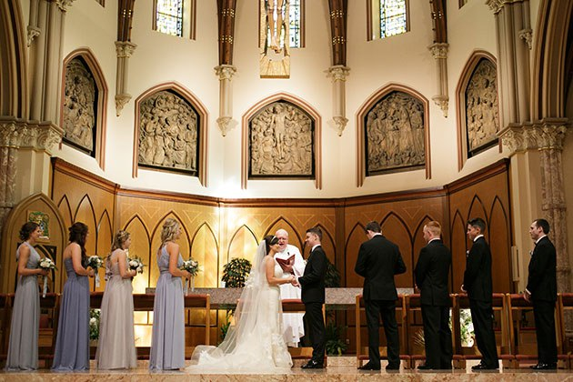 k9P323MfmUY - Свадьба Альберта и Жаклин