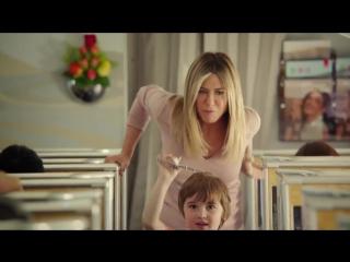 Еще один невероятный рекламный ролик от Emirates с Дженнифер Энистон в главной роли!