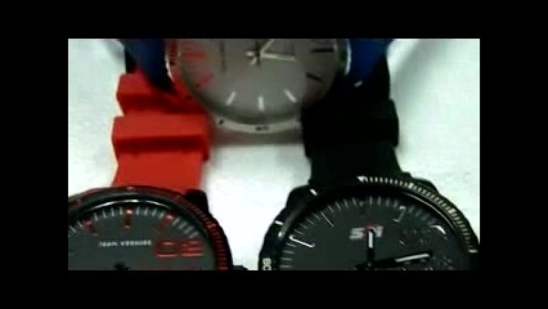 Sports watch 100M water resistant.mp4