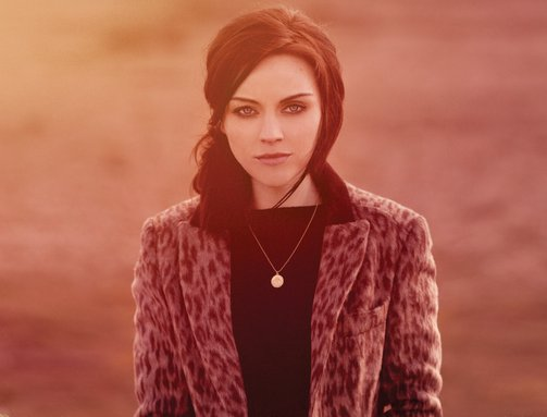 Amy macdonald two worlds free mp3 download.