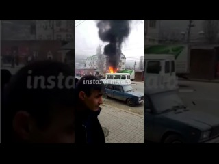 ДТП на перекрестии ул. Гамидова и Амет-Хана Султана г. Махачкала в 9:45 8.01.2017